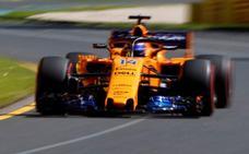 McLaren aprende a levantarse