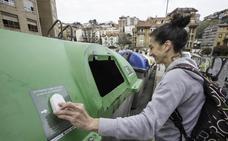 Los vecinos de Tetuán controlarán el nivel de llenado de los contenedores de vidrio