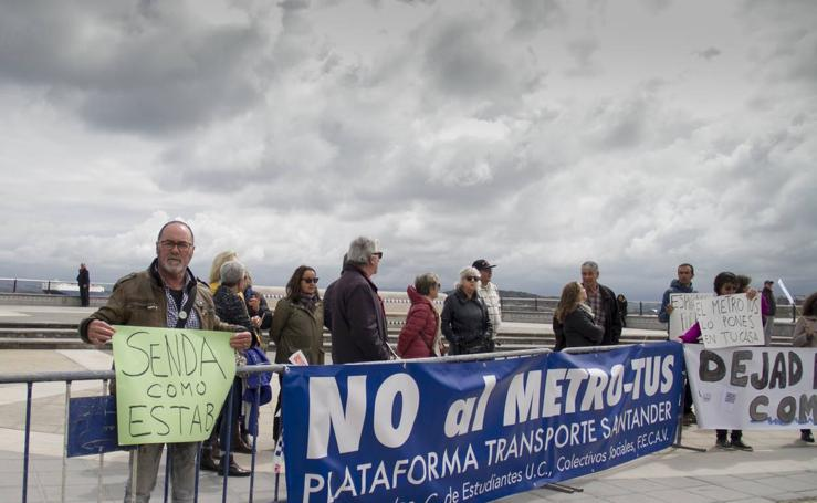 Protesta contra el MetroTus y los diques de La Mgdalena