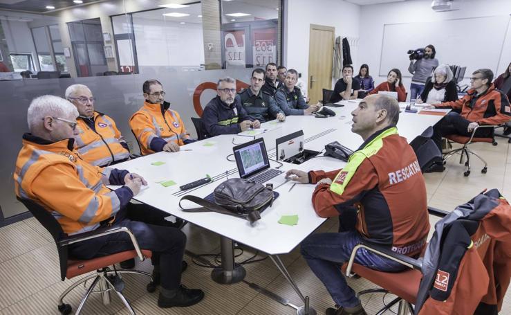 Reunión en el 112 para analizar el dispositivo de búsqueda de José Cano Cruz