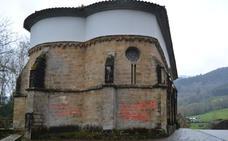 Ampuero tramita la limpieza de la iglesia de Udalla