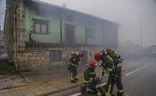 El Gobierno anuncia una ley que unifique las condiciones laborales de bomberos regionales y locales
