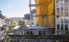 Avanza la obra para consolidar el centro del edificio semicaído de la calle del Sol