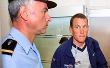 Armstrong acepta pagar cinco millones de dólares por fraude en EE UU