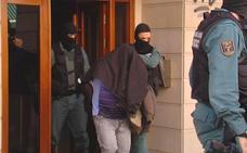 Una redada policial en el centro de Muriedas acaba con tres detenidos por tráfico de drogas