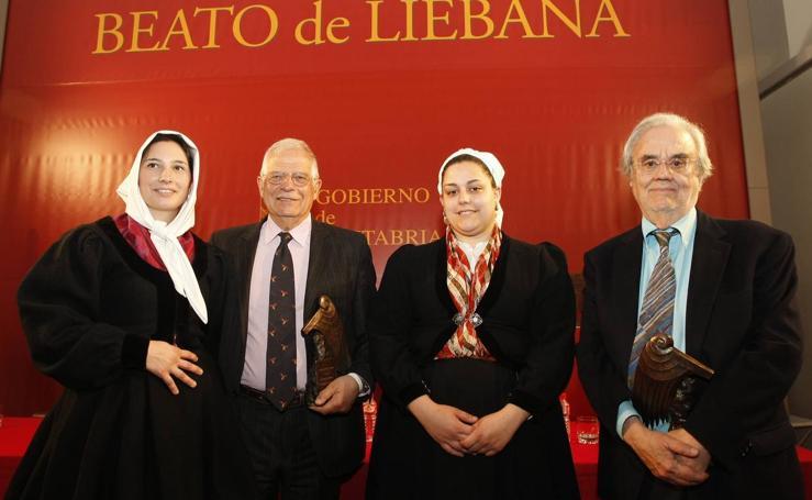 Borrel y Gutíérrez Aragón reciben los Premios Beato en Potes