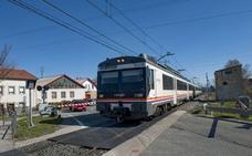 Reinosa, dividida por el tren
