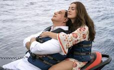 Sorrentino deja torear a Berlusconi