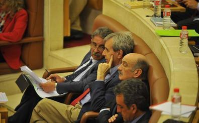 La financiación de Valdecilla y las empresas públicas, a debate este lunes en el pleno