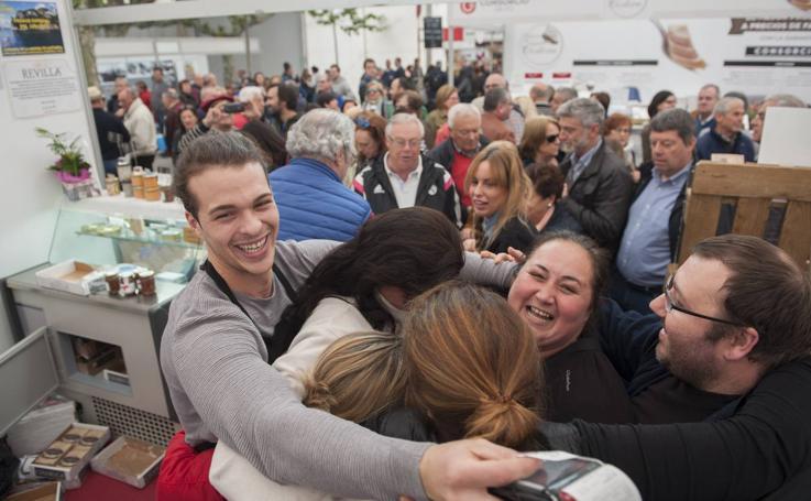 La conservera 'M.A. Revilla' gana en Santoña el premio a la Mejor Anchoa 2018