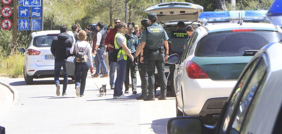 Un hombre acuchilla a su mujer en el cuello y se ahorca en Valencia