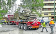 Comienza la instalación de la cubierta en la zona de juego del Manuel Barquín
