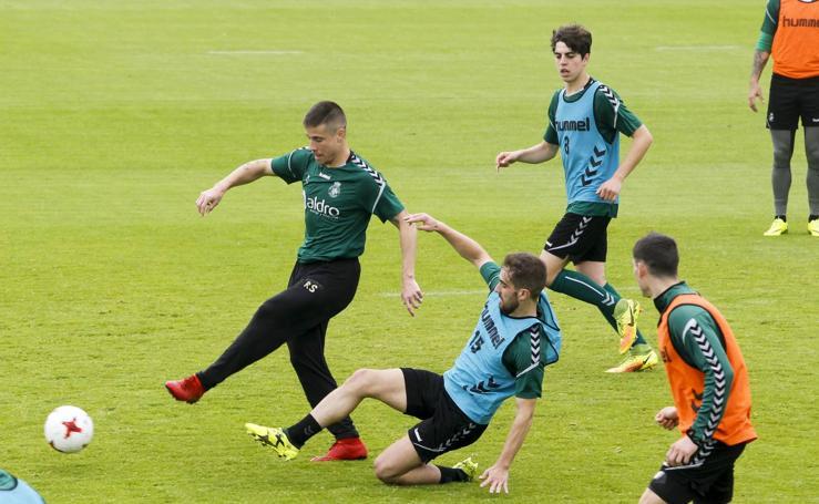 El Racing prepara el partido contra la Real Sociedad B