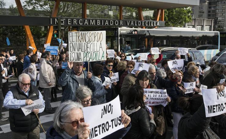 Peñacastillo sube su protesta al bus