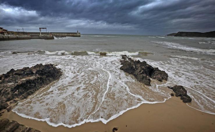 Las mejores vistas de las once playas de Cantabria con bandera azul