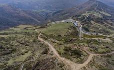 Valdáliga cederá terrenos para mejorar la carretera del Soplao