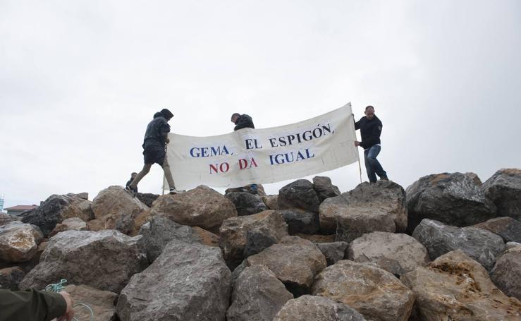 Séptima protesta contra los diques de La Magdalena