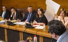 La cúpula del SCS defiende que «todo es legal» pero «no aclara» las sospechas de la oposición