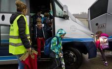 El Gobierno destinará 9,5 millones para el servicio de acompañantes de transporte escolar de los dos próximos cursos