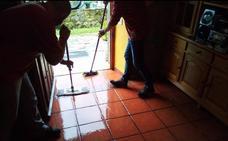 Una gran tromba de agua causa problemas de inundaciones en Corvera y Villasevil