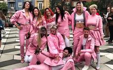 La diseñadora Estíbaliz García presenta 'Pink Knuckles' en Santander