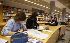 Casi el 40% de los universitarios tiene un empleo que no necesita estudios superiores