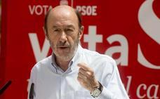 Pérez Rubalcaba: «Tiene pinta de que sale, crucemos los dedos»