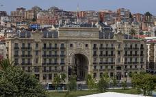El Santander reformará su inmueble del Paseo de Pereda y el antiguo edificio Banesto