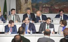 Del Consejo del martes saldrán el presidente y tres nuevos consejeros