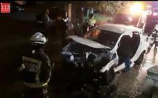 Herido un conductor tras estrellarse contra un muro en Laredo