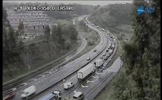 Retenciones a primera hora en la A-8 hacia Bilbao por accidentes y averías en el mismo tramo