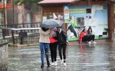 Una tormenta deja en Santander 18 litros de agua por metro cuadrado en menos de dos horas