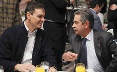 Sánchez traslada a Revilla que espera poder «desatascar» temas como el pago de Valdecilla y Comillas