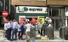 Las franquicias de Carrefour Express en Cantabria aseguran que cumplen la normativa de las aperturas dominicales