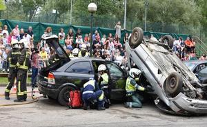 Simulacro de accidente en el parque del Ansar