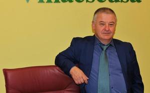 El alcalde de Villaescusa denuncia que el «bloqueo» político impide inversiones