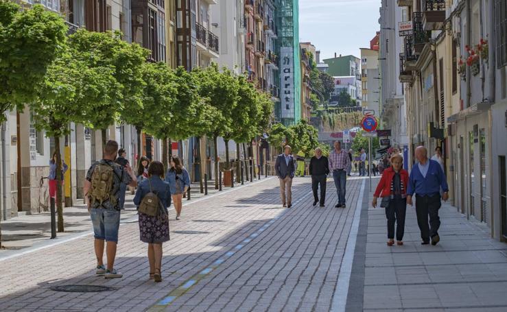 La calle Peña Herbosa al fin se abre al tráfico