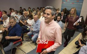 Sánchez formaliza el nombramiento de Zuloaga como delegado del Gobierno en Cantabria