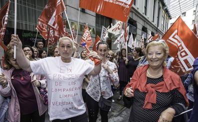 Los trabajadores de la limpieza de Cantabria podrían ir a la huelga a partir del mes de julio
