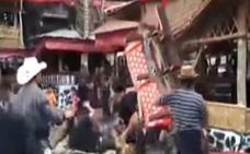 Un indonesio muere aplastado por el féretro de su madre