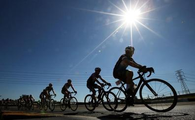 Más de una veintena de ciclistas cántabros disputan los Nacionales este fin de semana en Castellón