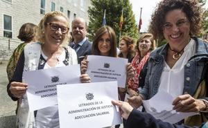 Los letrados de Justicia protestan de nuevo en Las Salesas