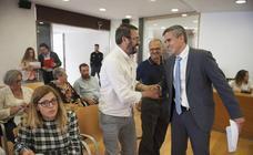 El Pleno del Ayuntamiento de Bezana ve la renuncia del alcalde, Pablo Zuloaga