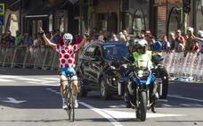 Álex Martín gana la Vuelta al Besaya con una exhibición
