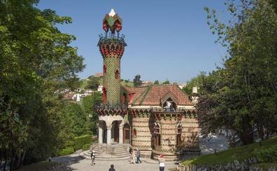 'El Capricho' celebra el 166 aniversario de Gaudí vía Facebook