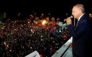 Erdogan se hace con el control absoluto