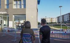 Una grieta de varios metros en un edificio de Nueva Montaña inquieta a los vecinos