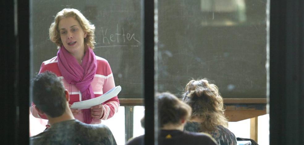 Educación analiza la propuesta de la Junta de Personal Docente, apoyada en un informe jurídico