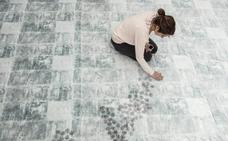 'Lujo y luto', una exposición sobre la visibilidad de la mujer, según Estefanía Martín Sáenz