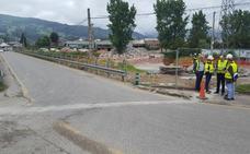 Los técnicos estudian la instalación de una pasarela prosicional en Los Corrales